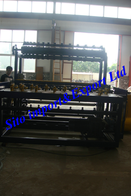 Field Fence Machine, Wire Mesh Fence Equipment, Grass Land Fence Machine